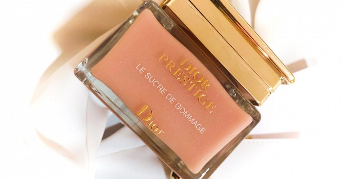 วันนี้มาเห่อ น้อง Dior Prestige Sugar Scrub กับน้อง Dior Lip Glow Oil กันหน่อยค่ะ