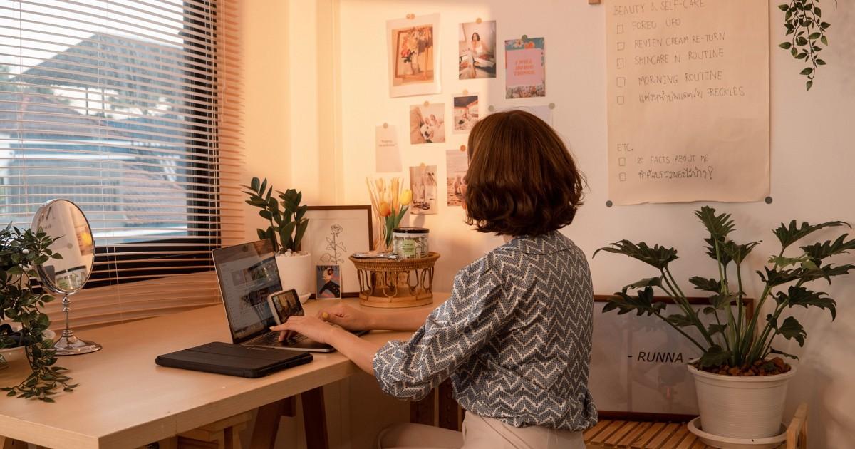 จัดมุมทำงานแบบ Pinterest - Pinterest Work space