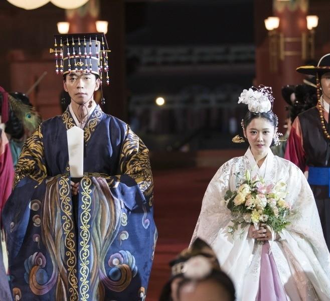 รีวิวซีรีส์เกาหลี The Last Empress เรื่องราวองค์จักรพรรดิ์อีฮยอก ผู้เป็นที่รักของประชาชน