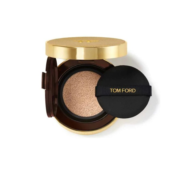 Shade and Illuminate Soft Radiance Foundation Cushion Compact