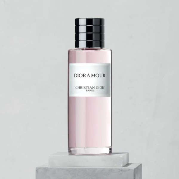 DIORAMOUR Fragrance
