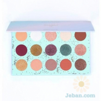 All I See Is Magic : Pressed Powder Shadow Palette
